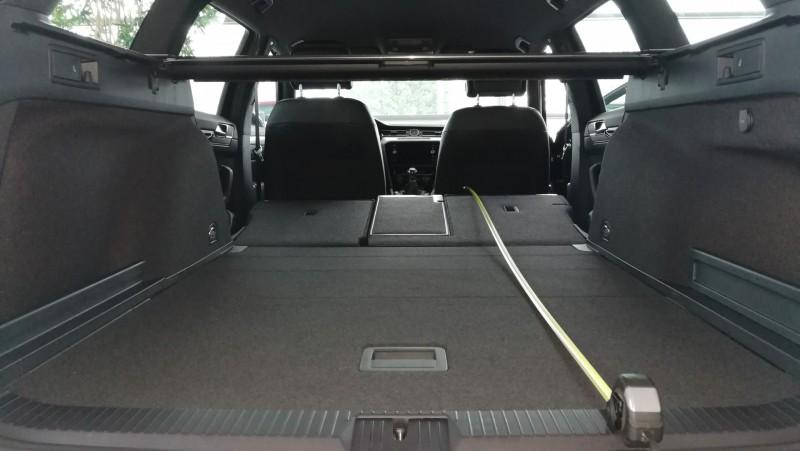 Schlafen im VW Passat